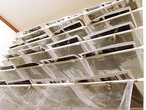 バライタ印画紙の乾燥棚